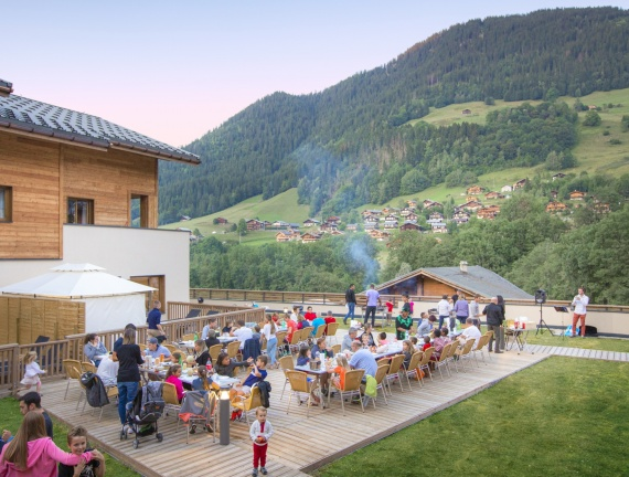BARBECUE 152-MMV Areches©M.Reyboz